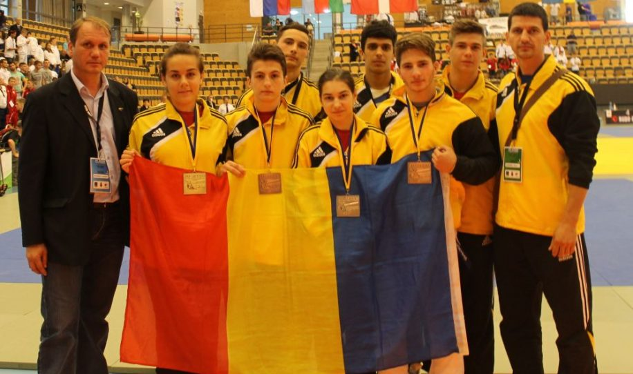 romania-a-castigat-7-medalii-la-campionatul-european-de-jiu-jitsu-nora-dawoud-a-facut-senzatie-a-castigat_5-916x542